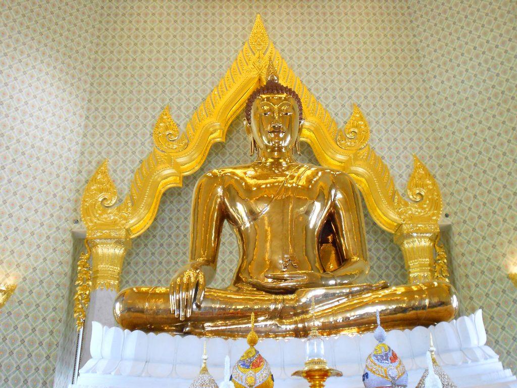 พระพุทธรูปทองคำ พระพุทธสุโขทัยไตรมิตร